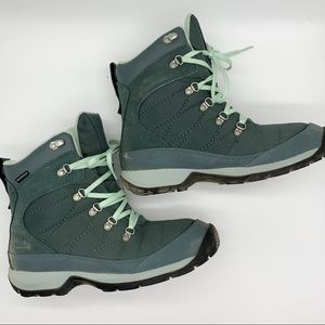 Almost NIB!  The NORTH FACE Chilkat boots, 10.